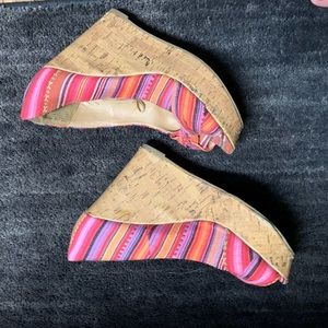 Report wedges size 7.5 super cute